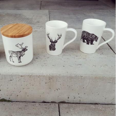 Kubek ceramiczny z motywem jelenia