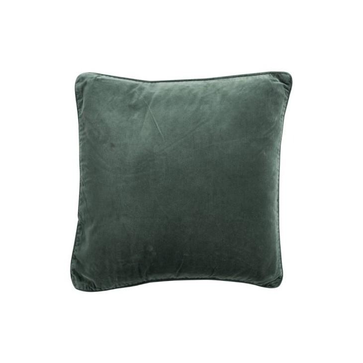 Poduszka dekoracyjna aksamitna zielona VELVET GREEN 45x45cm J-LINE 84873
