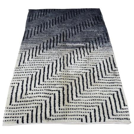 Dywan wełniany 1524 wymiar 150 x 235 cm